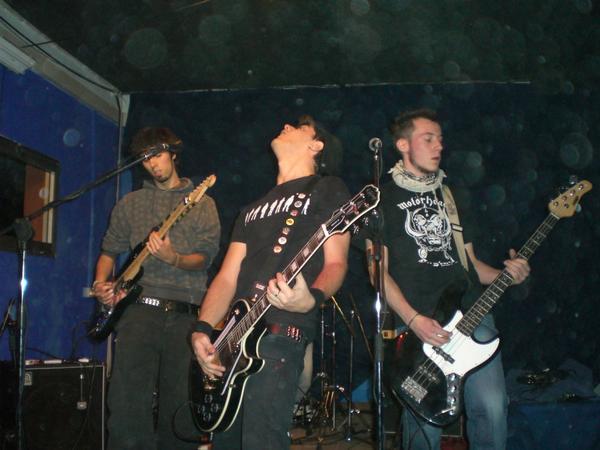 Cabin Fever, punk-rock band parmense