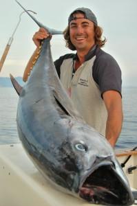 Maurizio Bongini alle prese con la cattura del tonno