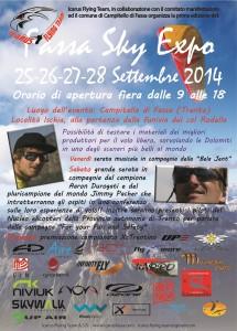 Fiera del volo in parapendio e deltaplano in Val di Fassa (Trento)