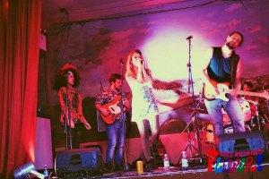 Woodstock_Alive_al_Flower_Party